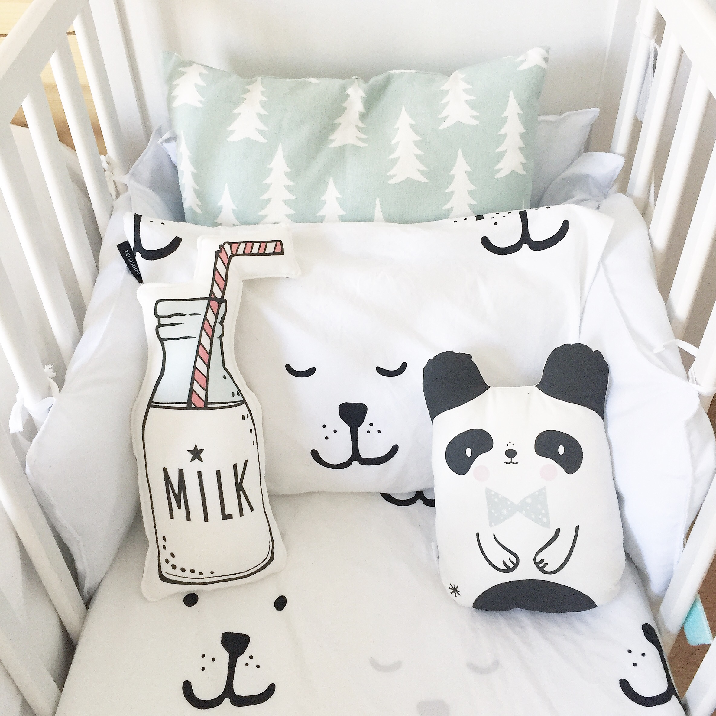 cojines-pandas-milk-cunas-colecho